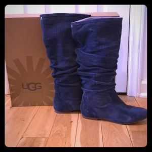 Women's Ugg Abilene blue leather boot size 8